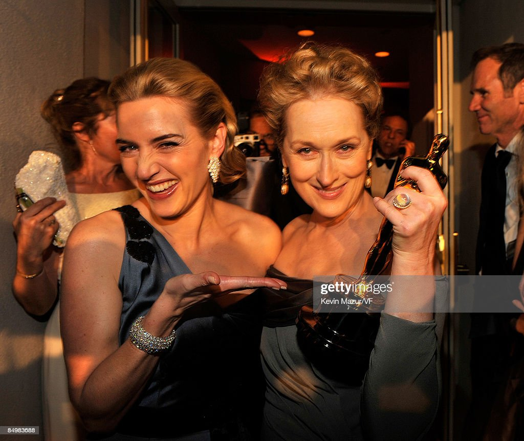Actress Kate Winslet and actress Meryl Streep attends the 2009 Vanity Fair Oscar party hosted by Graydon Carter at the Sunset Tower Hotel on February 22, 2009 in West Hollywood, California.