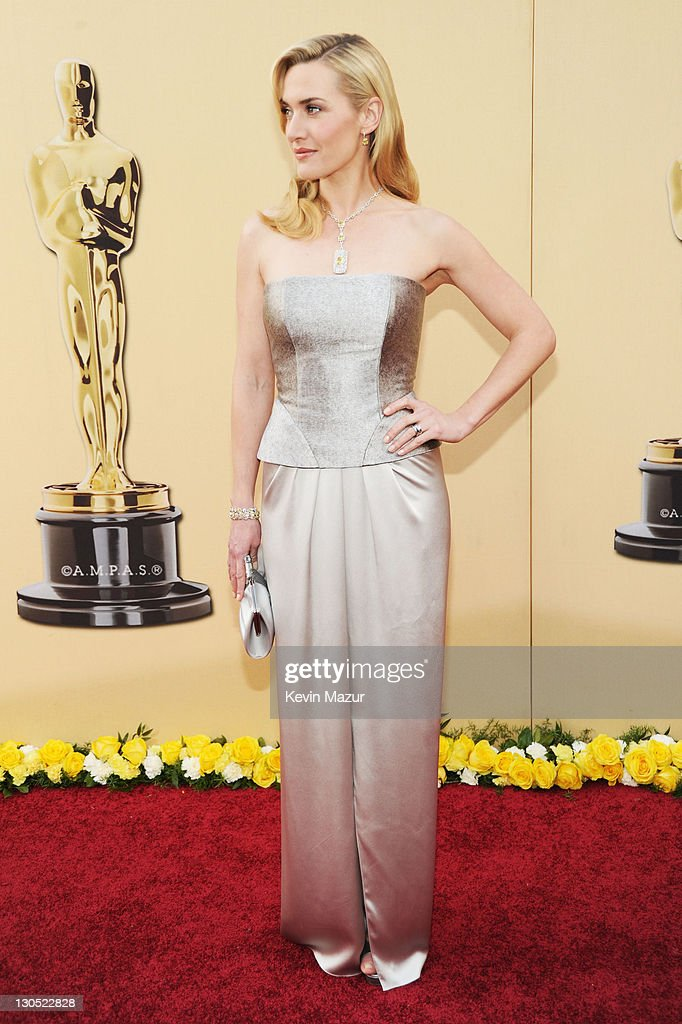 82nd Annual Academy Awards - People Magazine Arrivals : News Photo