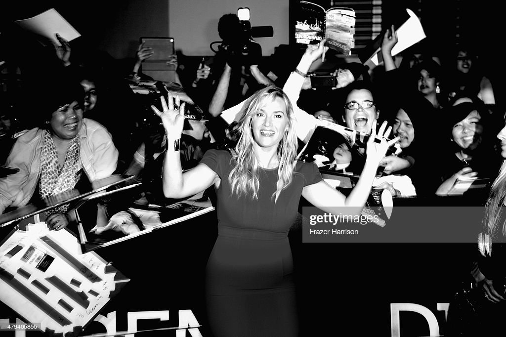. Actress Kate Winslet arrives at the premiere Of Summit Entertainment's 'Divergent' at Regency Bruin Theatre on March 18, 2014 in Los Angeles, California.