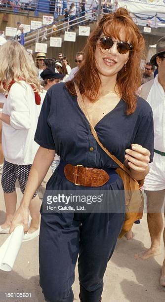Actress Katey Sagal attending 'Heal The Bay Benefit' on June 11 1989 at the Santa Monica Pier in Santa Monica California