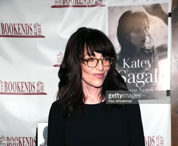 Actress Katey Sagal poses at Bookends Bookstore on March 31, 2017 in Ridgewood, New Jersey.