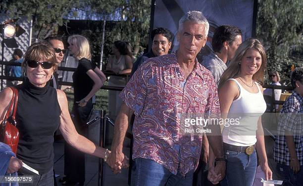Actress Katharine Ross actor Sam Elliott and daughter Cleo Rose Elliott attend the Jurassic Park III Universal City Premiere on July 16 2001 at the...