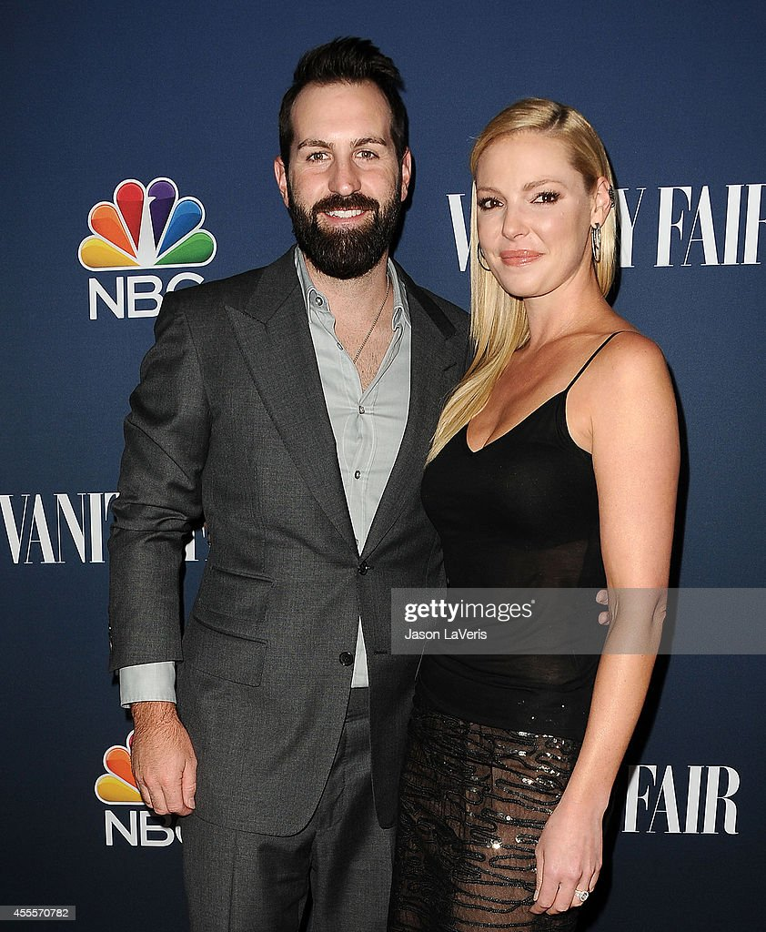Actress Katherine Heigl (R) and husband Josh Kelley attend the NBC & Vanity Fair 2014 - 2015 TV season event at HYDE Sunset: Kitchen + Cocktails on September 16, 2014 in West Hollywood, California.