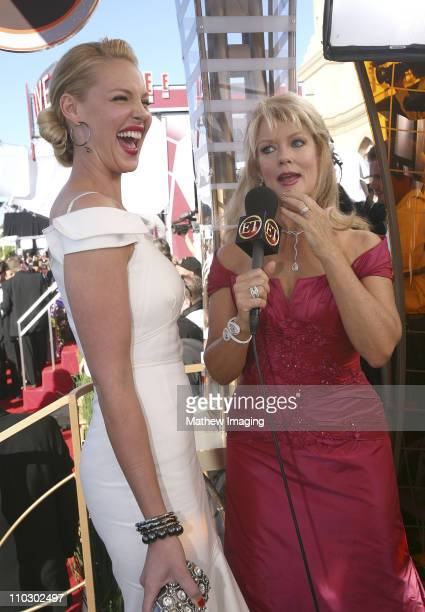 Actress Katherine Heigl and TV Host Mary Hart arrives at the 59th Primetime EMMY Awards at the Shrine Auditorium on September 16 2007 in Los Angeles...