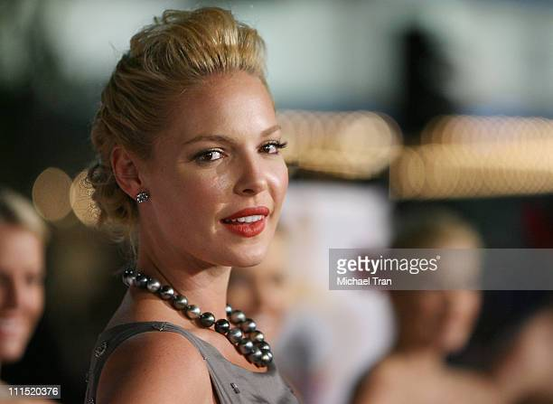 "Actress Katherine Heigl arrives at the Los Angeles Premiere of ""27 Dresses"" held at The Mann Village Theatre on January 7, 2008 in Westwood,..."