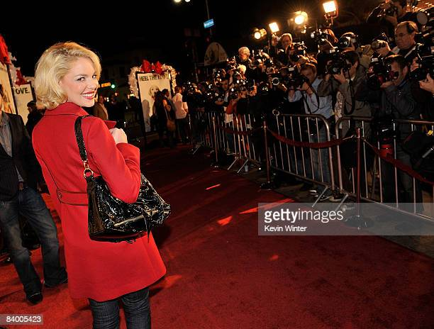 Actress Katherine Heigl arrives at the premiere of 20th Century Fox's 'Marley Me' held at the Mann Village Theater on December 11 2008 in Westwood...