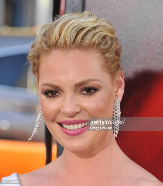 Actress Katherine Heigl arrives at the premiere of Warner Bros Pictures' 'Unforgettable' at TCL Chinese Theatre on April 18 2017 in Hollywood...