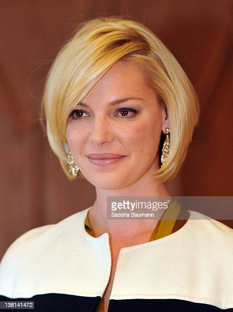 Actress Katherine Heigl signs the golden book of Esslingen at the townhall on February 03 2012 in Esslingen Germany The actress was in Esslingen to...