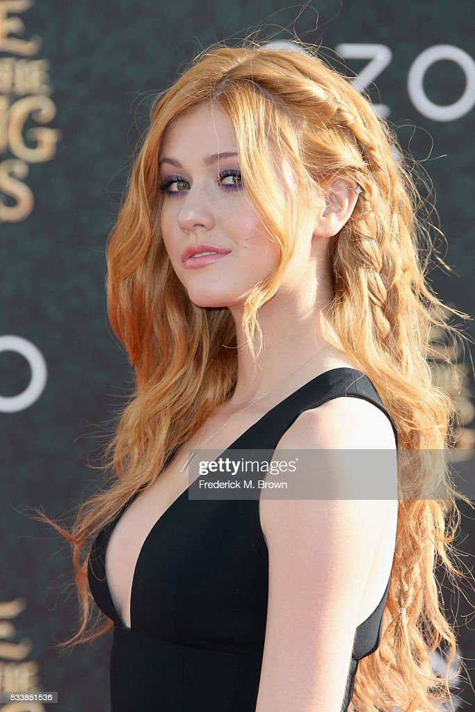 Premiere Of Disney's 'Alice Through The Looking Glass' - Arrivals : News Photo