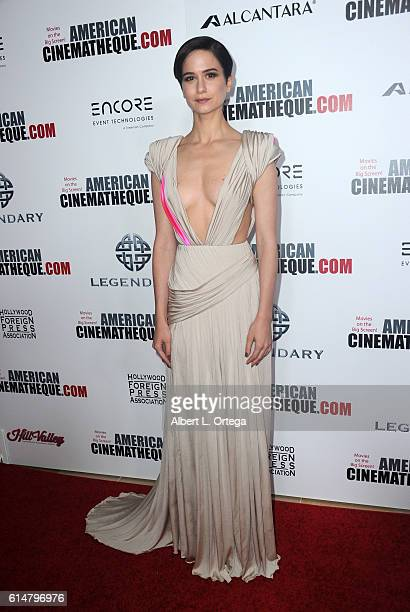 Actress Katherine Waterston arrives for 30th Annual American Cinematheque Awards Gala held at The Beverly Hilton Hotel on October 14 2016 in Beverly...