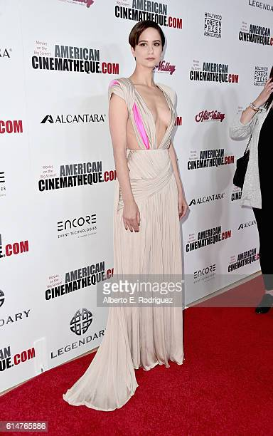 Actress Katherine Waterston attends the 30th Annual American Cinematheque Awards Gala at The Beverly Hilton Hotel on October 14 2016 in Beverly Hills...