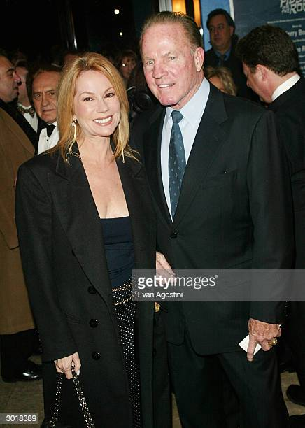 Kathie Lee Gifford Cleavage Stock Photos And Pictures