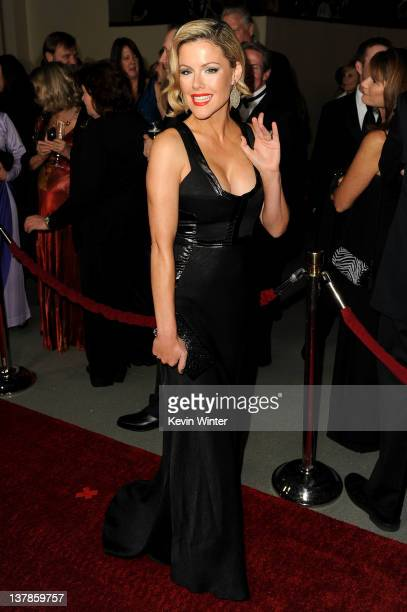 Actress Kathleen Robertson arrives at the 64th Annual Directors Guild Of America Awards held at the Grand Ballroom at Hollywood Highland on January...