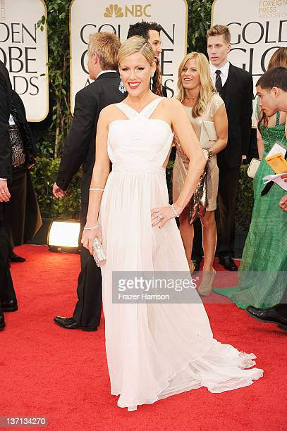Actress Kathleen Robertson arrives at the 69th Annual Golden Globe Awards held at the Beverly Hilton Hotel on January 15 2012 in Beverly Hills...