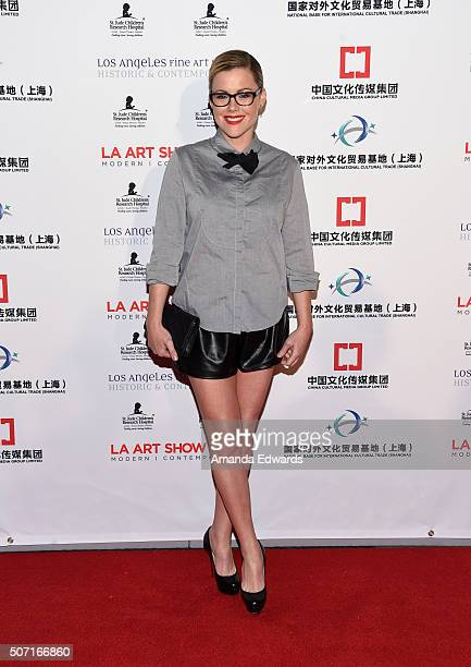 Actress Kathleen Robertson arrives at the LA Art Show and Los Angeles Fine Art Show's 2016 Opening Night Premiere Party benefiting St Jude Children's...