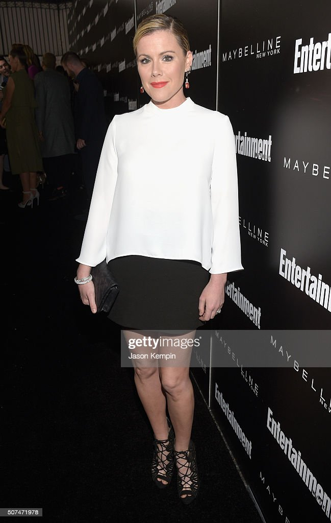 Actress Kathleen Robertson attends Entertainment Weekly Celebration Honoring The Screen Actors Guild Awards Nominees presented by Maybelline at Chateau Marmont In Los Angeles on January 29, 2016 in Los Angeles, California.