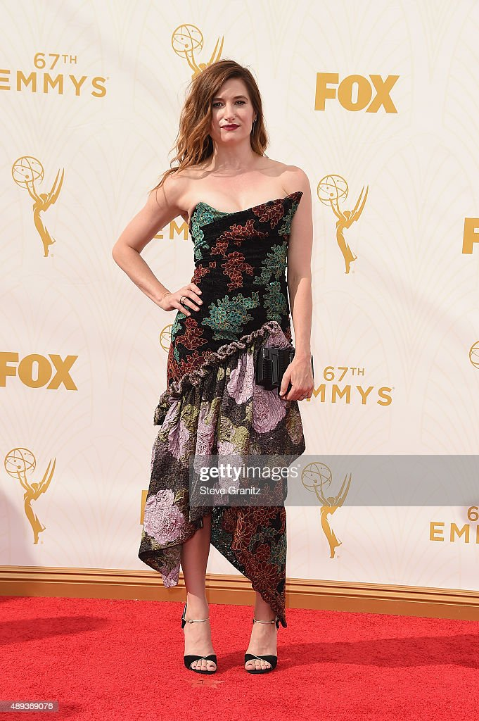 Actress Kathryn Hahn attends the 67th Annual Primetime Emmy Awards at Microsoft Theater on September 20, 2015 in Los Angeles, California.