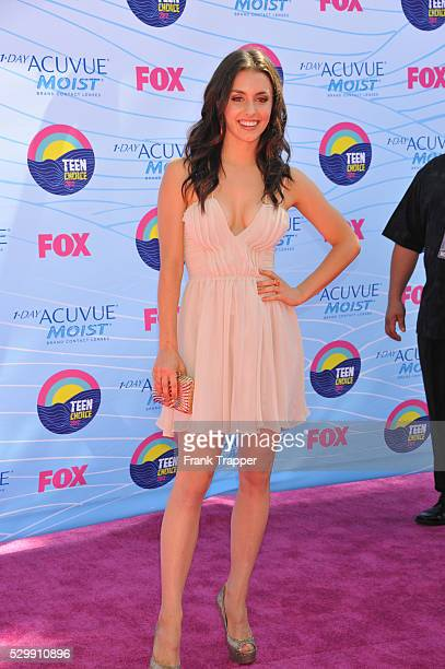 Actress Kathryn McCormick arrives at the 2012 Teen Choice Awards held at the Gibson Amphitheatre in Universal City California