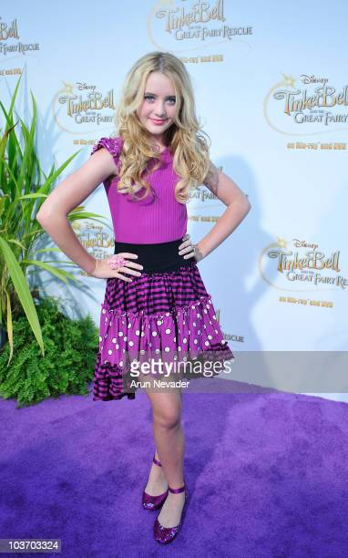 Actress Kathryn Newton attends PicnicInThePark Premiere Of Tinkerbell at La Cienega Park on August 28 2010 in Beverly Hills California