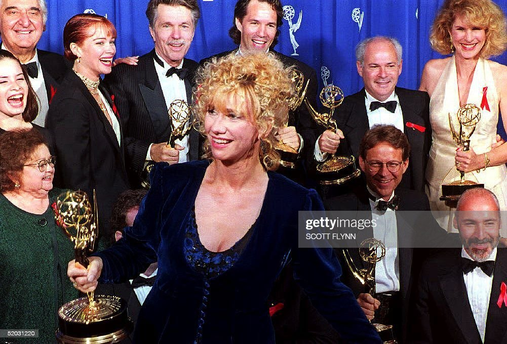 Actress Kathy Baker walks in front of the cast of : News Photo