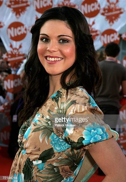 Actress Katie Bell, from the show Bluewater High, arrives on the orange carpet at the fourth annual Nickelodeon Australian Kids' Choice Awards 2006...