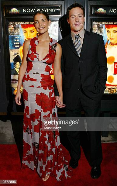 Actress Katie Holmes and Chris Kline arrive for the premiere of 'Pieces of April' at the Sunshine Theatre October 8 2003 in New York City