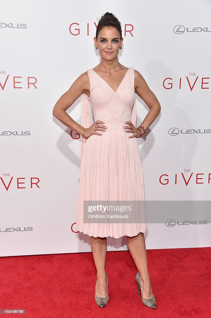 Actress Katie Holmes attends 'The Giver' premiere at Ziegfeld Theater on August 11, 2014 in New York City.