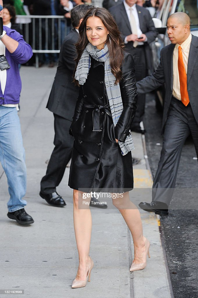 Actress Katie Holmes enters the 'Late Show With David Letterman' taping at the Ed Sullivan Theater on November 10, 2011 in New York City.