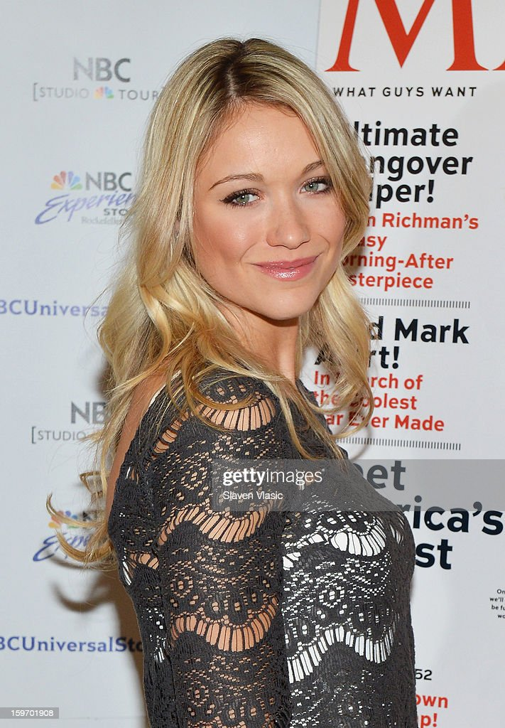 Katrina Bowden Signs Copies Of Her Maxim Cover Issue