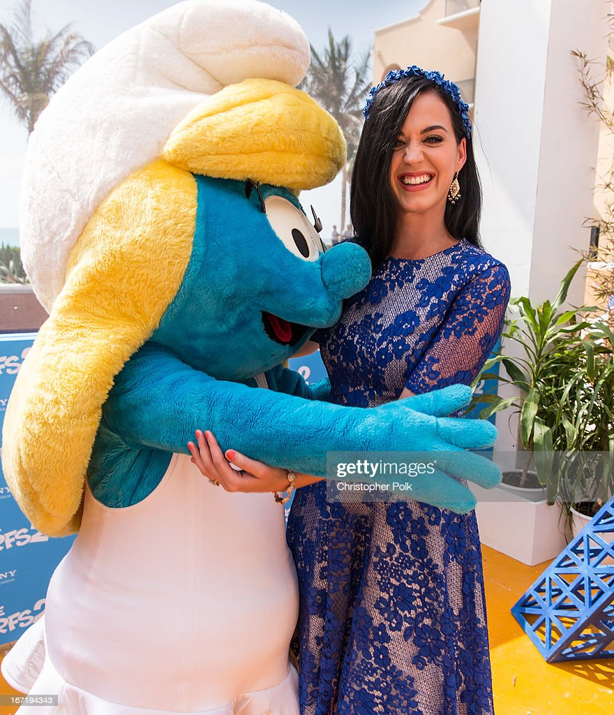 Actress Katy Perry attends 'The Smurfs 2' photo call at The 5th Annual Summer Of Sony at the Ritz Carlton Hotel on April 22, 2013 in Cancun, Mexico.