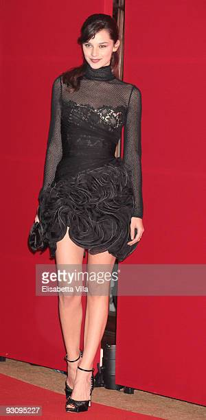 Actress Katy Saunders attends Valentino The Last Emperor premiere at Embassy Cinema on November 16 2009 in Rome Italy