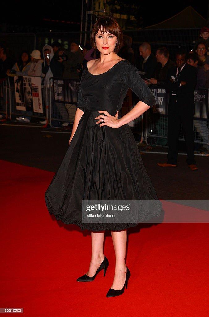 "London Film Festival - Opening Night Gala - ""Frost/Nixon"" - Outside Arrivals : News Photo"
