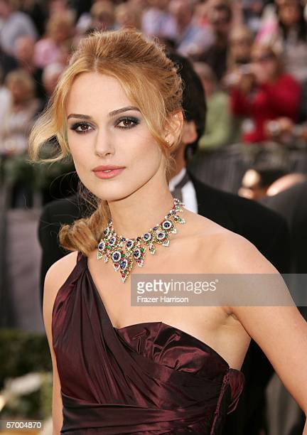 Actress Keira Knightley arrives to the 78th Annual Academy Awards at the Kodak Theatre on March 5, 2006 in Hollywood, California.