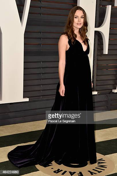 Actress Keira Knightley attends the 2015 Vanity Fair Oscar Party hosted by Graydon Carter at Wallis Annenberg Center for the Performing Arts on...