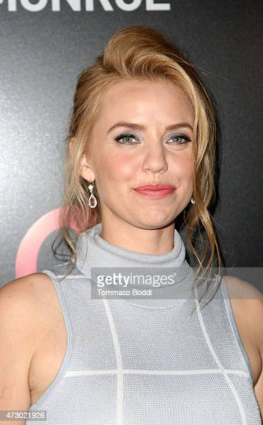 Actress Kelli Garner attends the Lifetime's Miniseries 'The Secret Life Of Marilyn Monroe' special screening and panel held at The Theatre At The Ace...