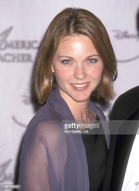 Actress Kelli Williams attends the 10th Annual Disney's American Teacher Awards at Pantages Theatre on November 14, 1999 in Hollywood, California.