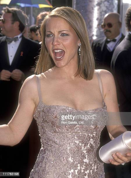 Actress Kelli Williams attends the 51st Annual Primetime Emmy Awards at Shrine Auditorium on September 12, 1999 in Los Angeles, California.