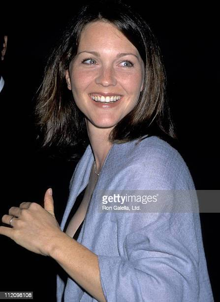 Actress Kelli Williams attends the Third Annual Museum of Television and Radio Gala Honoring David E. Kelley and Jerry Seinfeld at The Museum of...