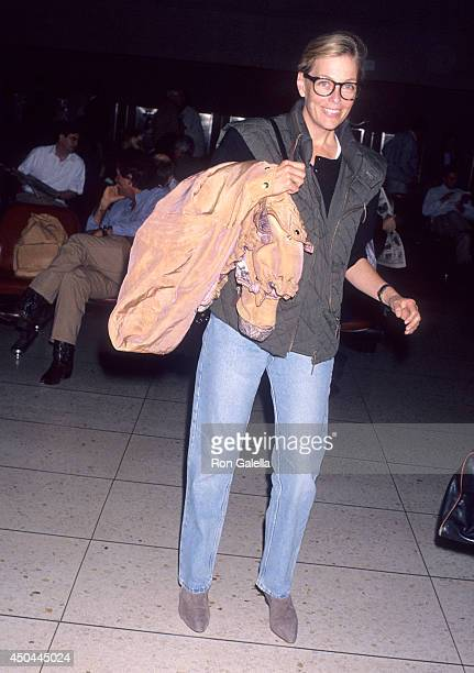 Actress Kelly Harmon departs for New York City on March 12 1993 from the Los Angeles International Airport in Los Angeles California