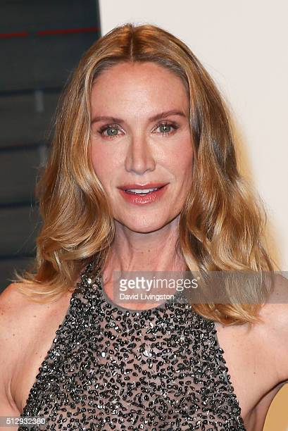 Actress Kelly Lynch arrives at the 2016 Vanity Fair Oscar Party Hosted by Graydon Carter at the Wallis Annenberg Center for the Performing Arts on...