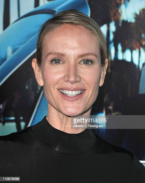 Actress Kelly Lynch arrives to the premiere of the HBO documentary His Way on March 22 2011 in Hollywood California