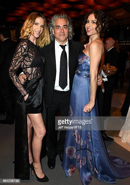 Actress Kelly Lynch producer Mitch Glazer and actress Minnie Driver attend the 2015 Vanity Fair Oscar Party hosted by Graydon Carter at the Wallis...