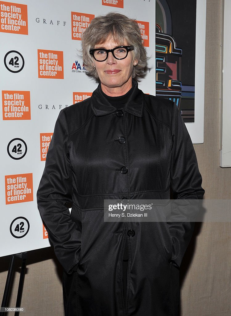 Actress Kelly McGillis attends the 'Stake Land' premiere at The Film Society of Lincoln Center on October 27, 2010 in New York City.