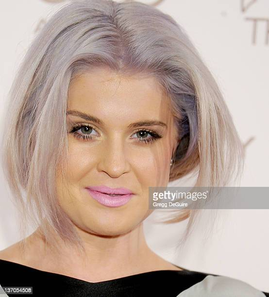 Actress Kelly Osbourne arrives at Art Of Elysium's 5th Annual Heaven Gala at Union Station on January 14, 2012 in Los Angeles, California.