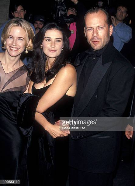 Actress Kelly Preston actress Demi Moore and actor Bruce Willis attend the 32nd Annual New York Film Festival Opening Night 'Pulp Fiction' Screening...