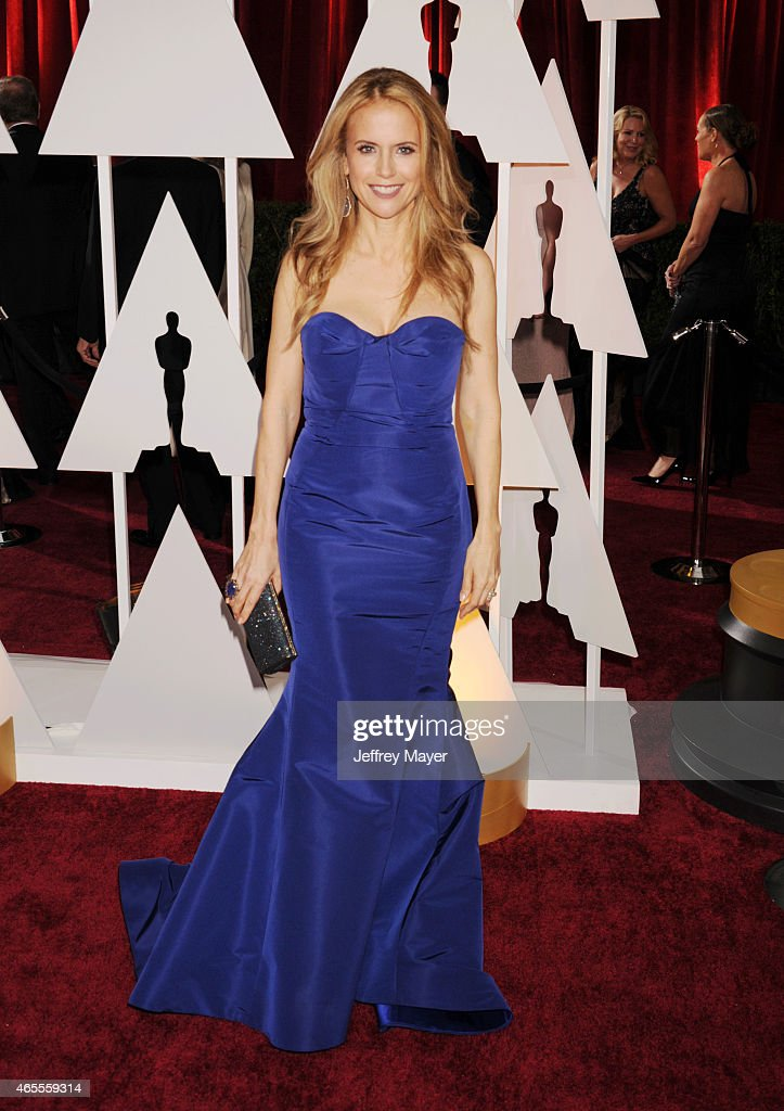 Actress Kelly Preston arrives at the 87th Annual Academy Awards at Hollywood & Highland Center on February 22, 2015 in Hollywood, California.