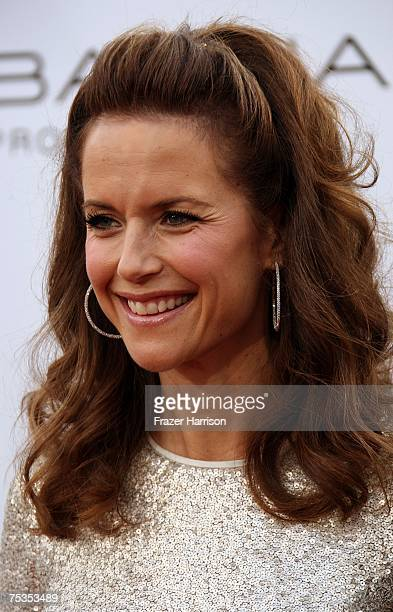 Actress Kelly Preston arrives to the Los Angeles premiere of New Line Cinema's 'Hairspray' held at Mann Village Theatre on July 10 2007 in Westwood...