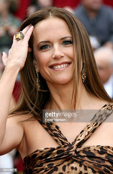 Actress Kelly Preston attend the 79th Annual Academy Awards held at the Kodak Theatre on February 25 2007 in Hollywood California