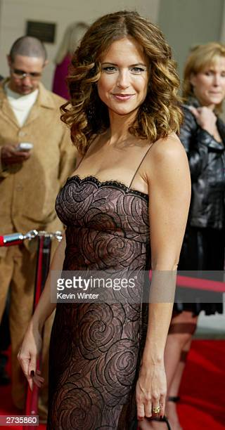 Actress Kelly Preston attends the 31st Annual American Music Awards at The Shrine Auditorium November 16 2003 in Los Angeles California