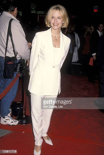 Actress Kelly Preston attends the 'Interview with the Vampire The Vampire Chronicles' Westwood Premiere on November 9 1994 at Mann Village Theatre in...